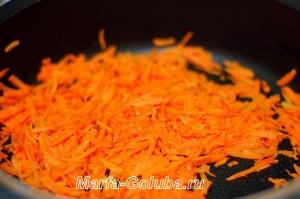 тыквенный сырный суп_4 пожарить морковку