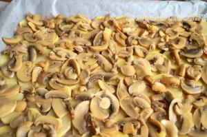 Индейка с картошкой и грибами в духовке4